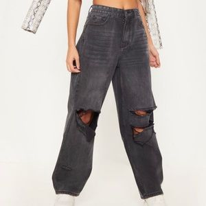 PrettyLittleThing Black Baggy Jeans
